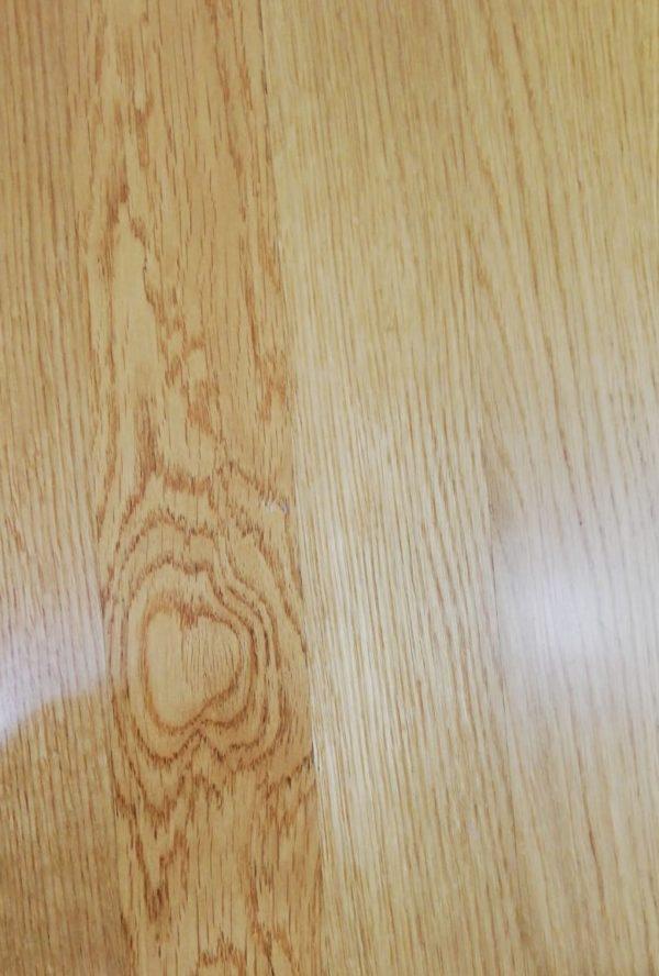 Rovere prefinito in legno massello finitura vernice